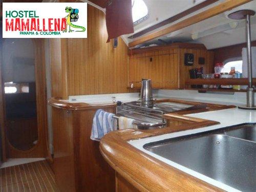 Boat-to-Colombia-perla-del-caribe-3